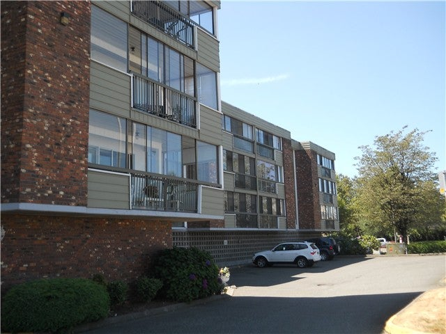 # 305 32040 PEARDONVILLE RD - Abbotsford West Apartment/Condo for sale, 2 Bedrooms (F1404638) #1
