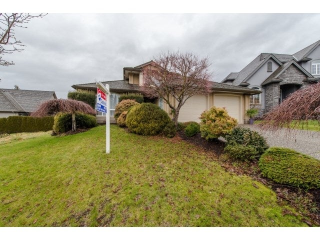 34751 HENGESTONE COURT - Abbotsford East House/Single Family for sale, 5 Bedrooms (R2025320) #1